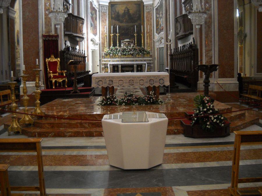 Fonte battesimale for Arredi liturgici cammino neocatecumenale
